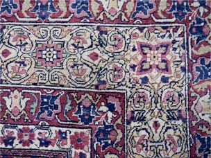Kirman carpet 335 x 287cm