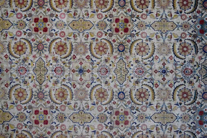 Fine Kirman carpet 447 x 329cm
